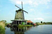 Zaanse Schans, Nizozemí, mlýn, plavba po řece