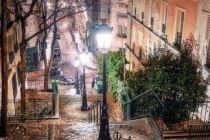 ulička pod Sacré Coeur
