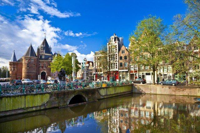Říční plavba nizozemskými metropolemi